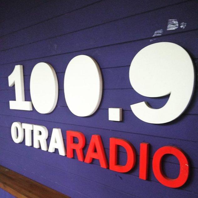 Radio Contacto FM 100.9 picture